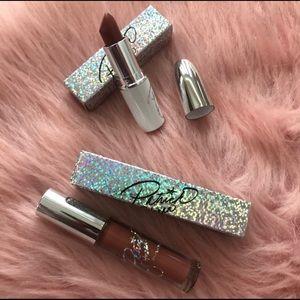 M.A.C. Lipsticks Set (lipstick & gloss).